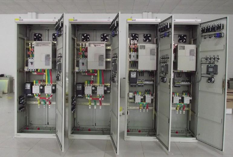 珀蓝特中央空调节能控制柜