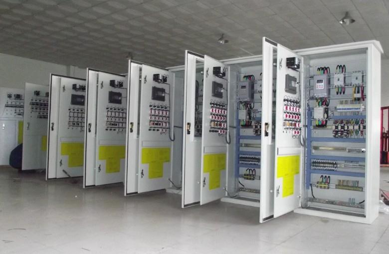 珀蓝特水泵控制柜